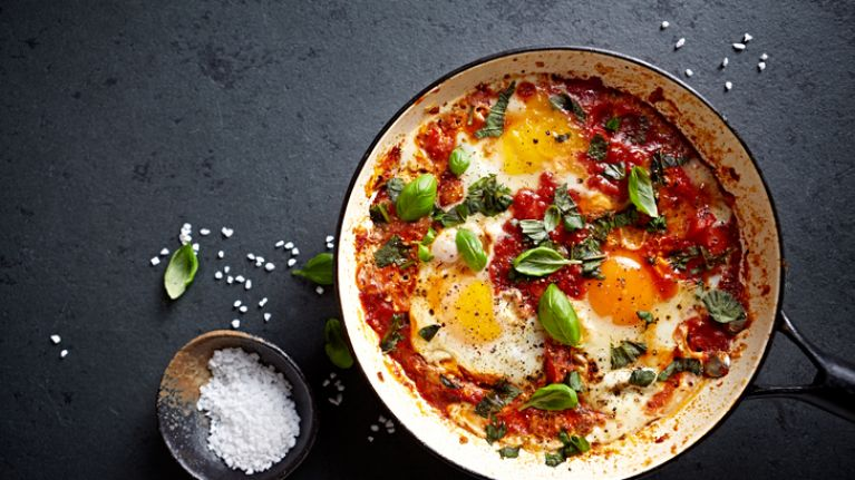 One pan wonder: how to make a super easy and super cheesy shakshuka