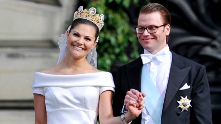 We are WEAK for the stunning pink dress that Princess Victoria of Sweden just wore