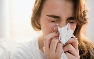The expert tips you'll need to get through hay fever season