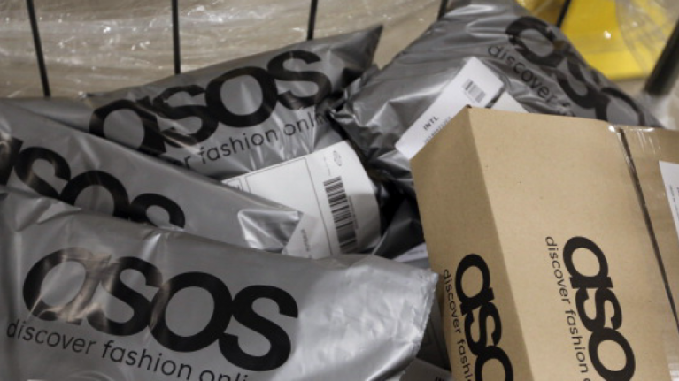 The perfect €38 ASOS dress that we plan on living in for the rest of the summer