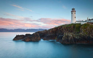 From pristine beaches to the most beautiful lighthouse in Ireland — 5 must-visit places in Donegal
