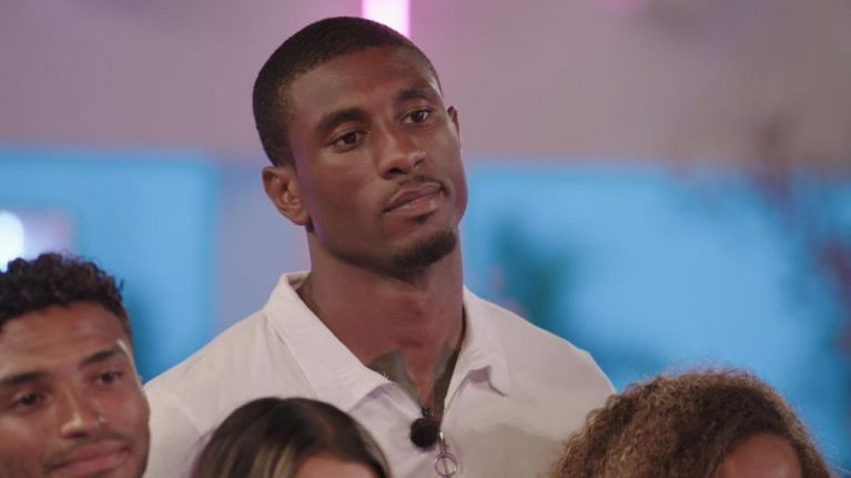 Looks like Ovie encourages Amber to give Michael another chance on tonight's Love Island