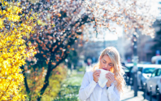 Warning issued for asthma and hayfever sufferers due to heatwave