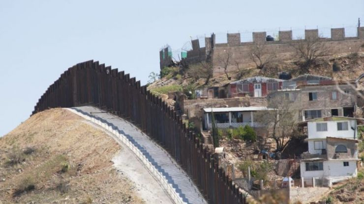 US Supreme Court vote in support of Trump to spend billions on border wall