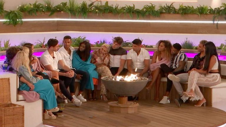 Another couple become 'boyfriend and girlfriend' on tonight's Love Island