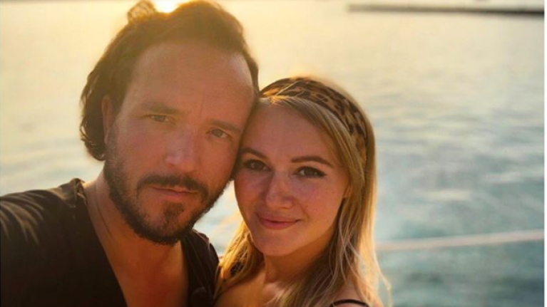 Former Eastenders actress Melissa Suffield has announced she's pregnant