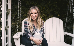 Hilary Duff's boyfriend jokingly mocks her in latest Instagram and we're skitting