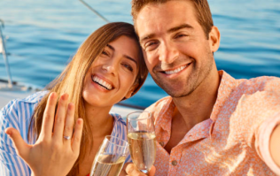 Cheating lad proposes to wrong girl, wants to know how to get the ring back