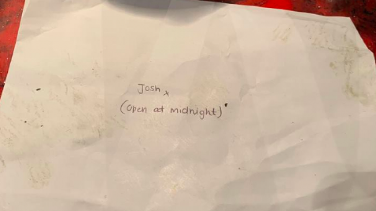 Nightclub find woman's letter to boyfriend revealing she's pregnant on floor... unopened
