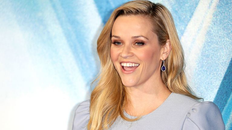Reese Witherspoon Poses With Her Mother And Daughter And They All