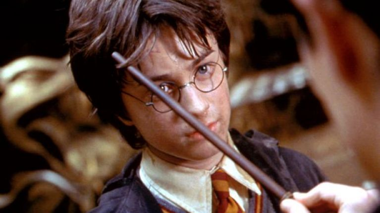 Apparently, Harry Potter's scar isn't actually in the shape of a lightning bolt