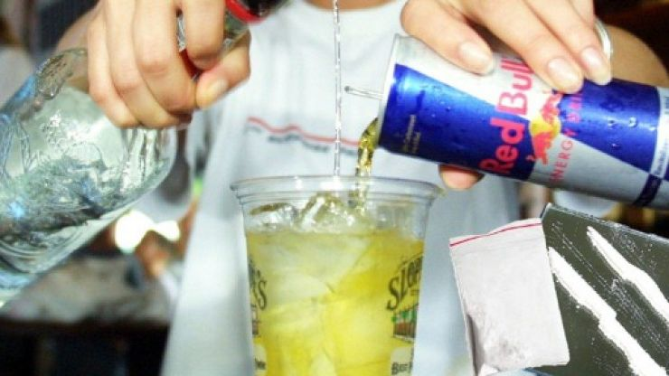 Drinking vodka and Red Bull on a night out can lead to 'risky behaviour', study finds