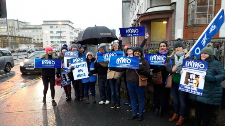 Support for the nurses strike continues as #StandWithNursesAndMidwives trends