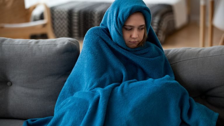 Apparently, THIS is the reason why women feel the cold more than men do