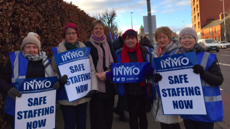 Minister Richard Bruton says that the government are prepared to talk about pay with nurses