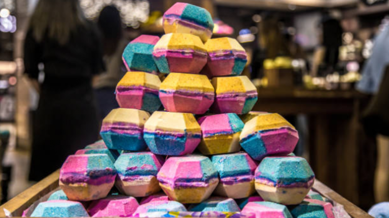Lush just launched a perfume that smells like your favourite bath bomb
