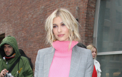 Hailey Baldwin just got rid of her blonde hair and she looks CLASS
