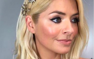 Holly Willoughby channels old school glamour in stunning black dress ahead of tonight's DOI