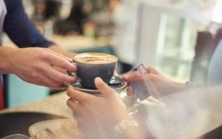 Barista causes controversy by trying to refuse a pregnant woman caffeine
