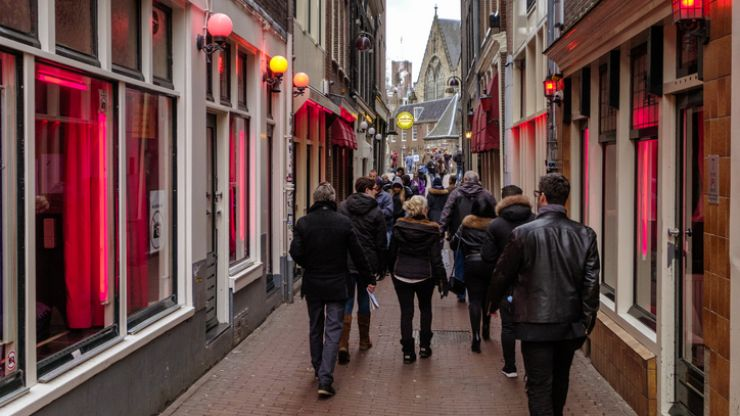 Amsterdam to ban tours of the Red Light District from 2020