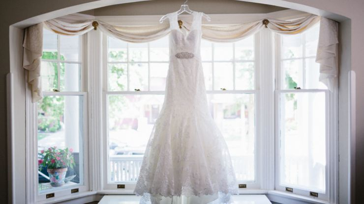 "Bride complains wedding dress looks ""nothing like order"" before realising she had it on inside out"