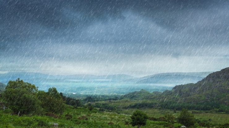 Met Éireann say the weather will get worse today with persistent heavy rain
