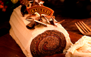 A Baileys chocolate Yule log is coming very soon and would you just look at it