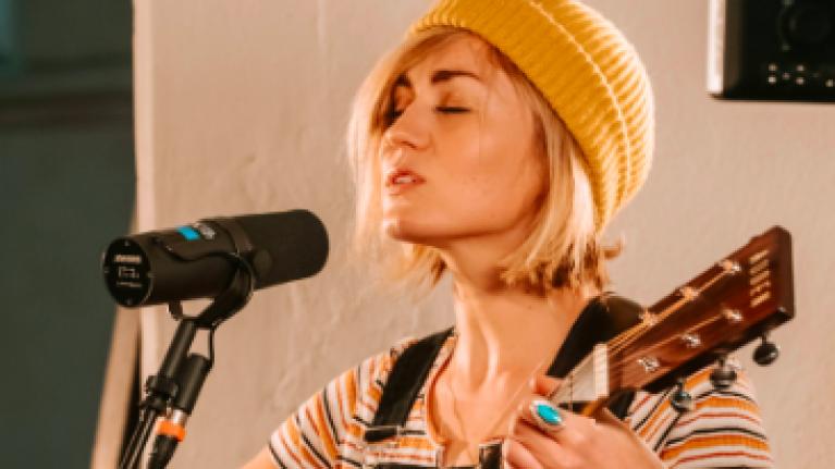 Irish singer songwriter Megan O'Neill on touring, traveling, and eventually coming home