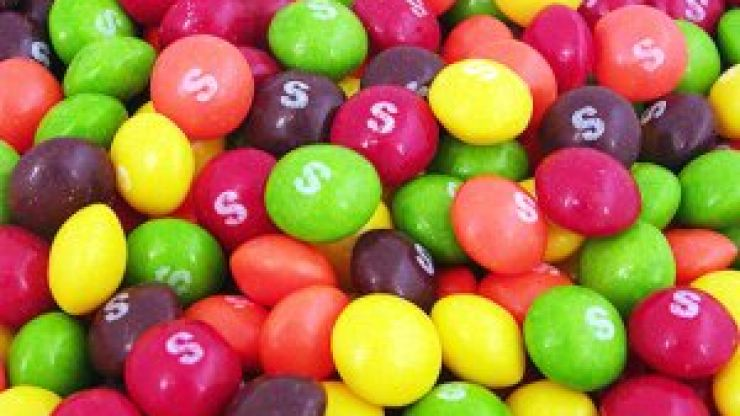 Thousands of people apparently hate the same colour Skittle and our eyes have been opened