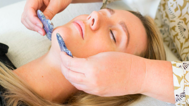 """""""Like botox, but with no needles"""" – I tested Gua Sha, and the results were impressive"""