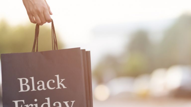 Need a Christmas outfit? Here are 6 favourite festive pieces from the Littlewoods Ireland Black Friday Sale