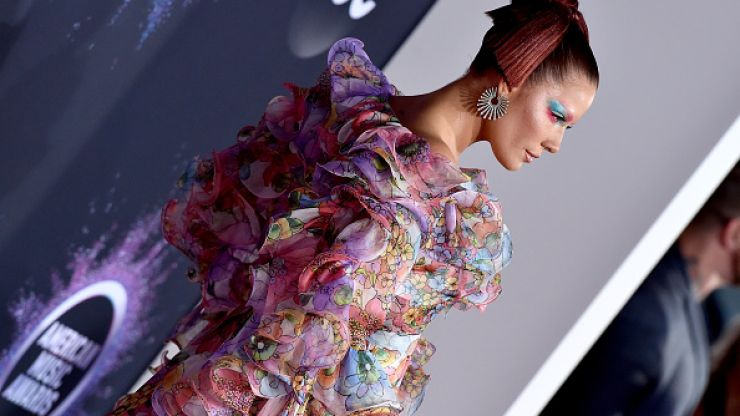 Our top 10 favourite looks from the American Music Awards red carpet