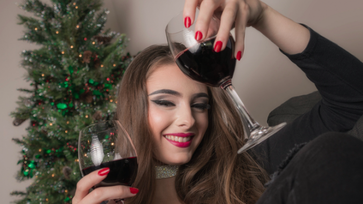 Five things that happen EVERY single year at the office Christmas party