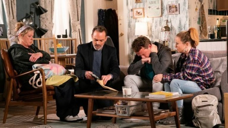Corrie fans praise Peter Ash's performance as Paul opens up about Kel's abuse