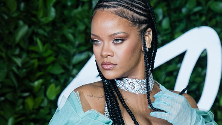 Rihanna has dropped her legal case against her dad