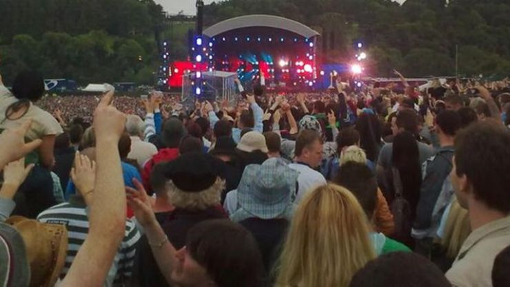 This Is The Real Reason Behind The Ban On Garden Gnomes At Slane Castle's Foo Fighters Gig