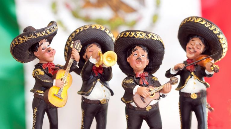 escucha the five best mexican songs to listen to. Black Bedroom Furniture Sets. Home Design Ideas