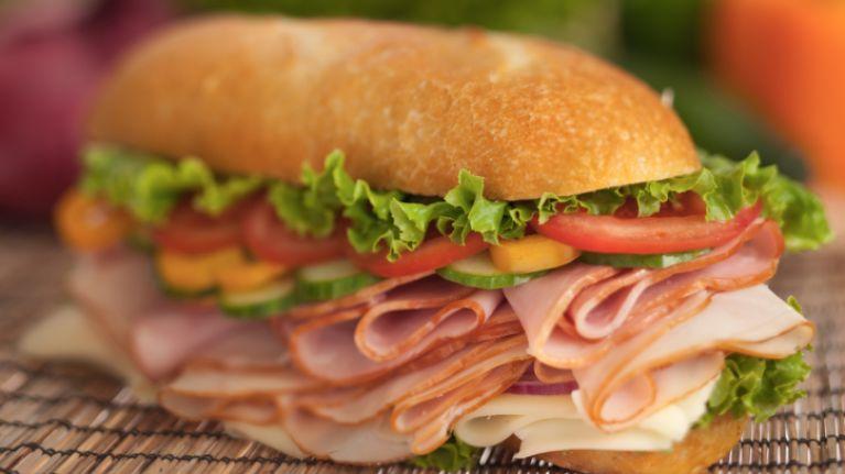 Make Me A Sandwich Boyfriend Says Hell Propose To Girlfriend If