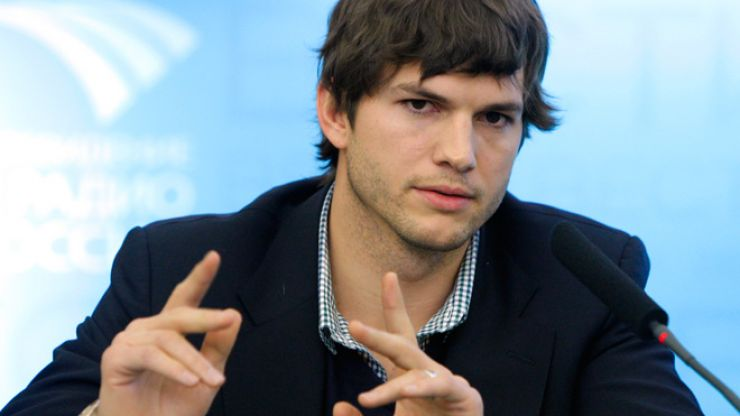 'Be The Change' - Ashton Kutcher Has Hit Out At Businesses For Discriminating Against Fathers