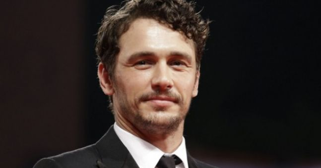photo james franco joins the �almost naked� bathroom
