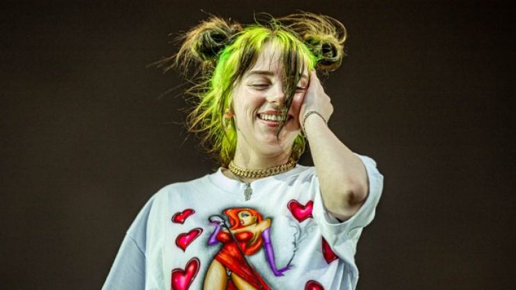 Billie Eilish issues apology after video of her using racial slur resurfaces