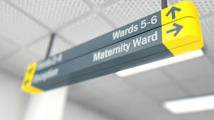 Dad hides coronavirus symptoms from hospital staff in order to see newborn