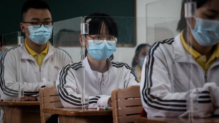 #UpBeat: Banksy and students in Wuhan - 5 good things that happened this week