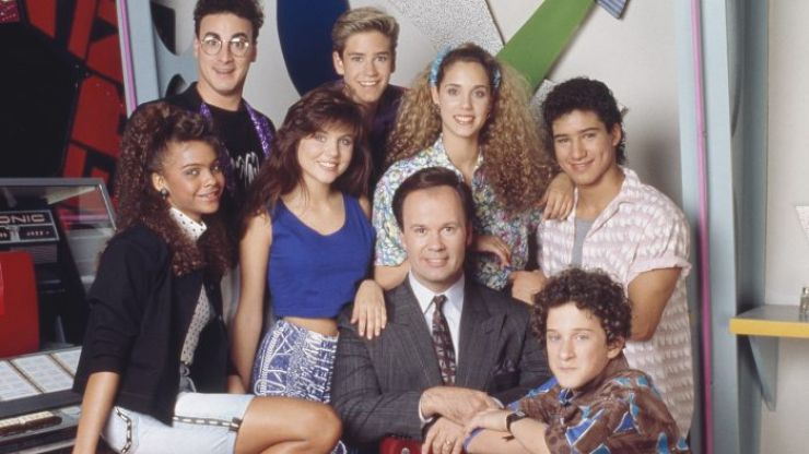 There's a drive-in screening of 'Saved By The Bell' this weekend and we're absolutely going