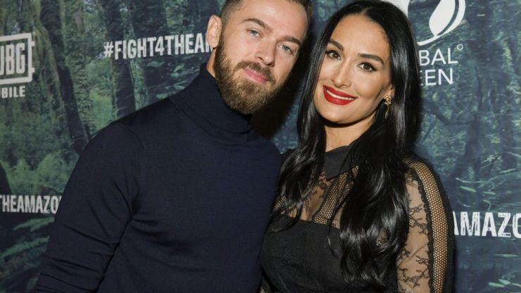 Nikki Bella has gotten engaged and her ring is absolutely stunning