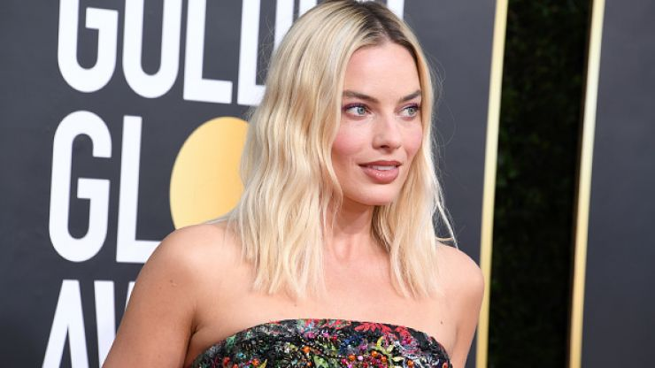 We're OBSESSED with the Chanel dress that Margot Robbie wore to the Golden Globes