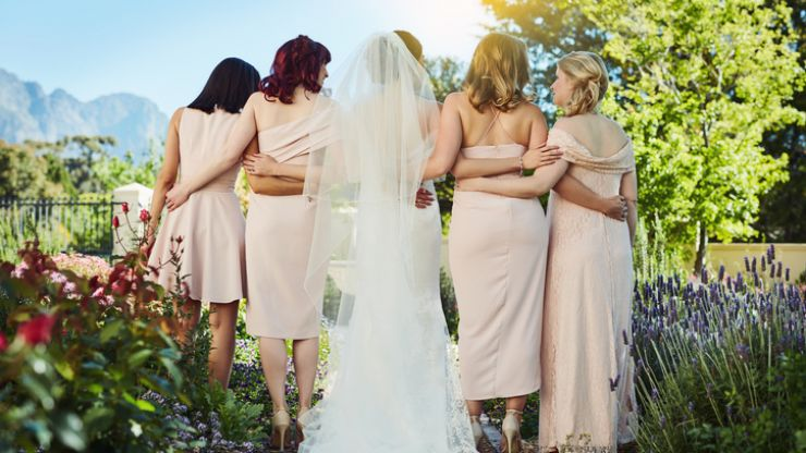 Bride asks bridesmaid to dye her hair to avoid clashing with her wedding's colour scheme