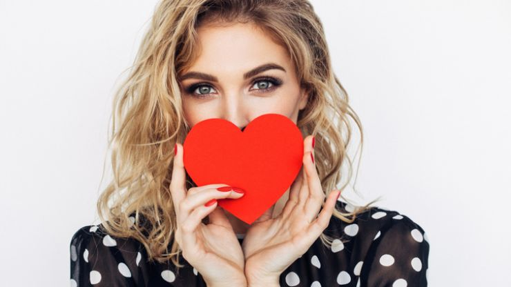 7 gorgeous Valentine's Day beauty gifts that we're buying for ourselves