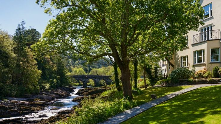 I had an engagement getaway at Sheen Falls Lodge in Kerry and oh my god the romance!