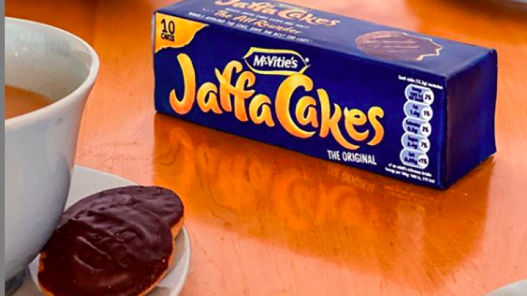 Shocking: Jaffa Cakes confirm the chocolate is actually on the bottom
